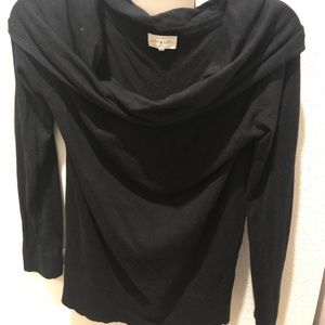 Lucky Brand-Off shoulder black sweater-M